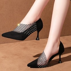 Crystal pointed pumps - black