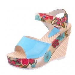 Floral Pattern Platform Sandals