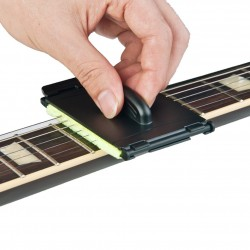Electric guitar strings cleaner