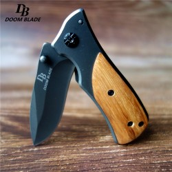 Tactical pocket knife with wooden handle - steel blade